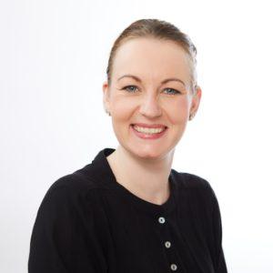 Kosmetikerin Daniela Gerhardt